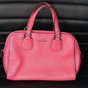Coach Pink Hand Bag, Barely Used. Good condition.
